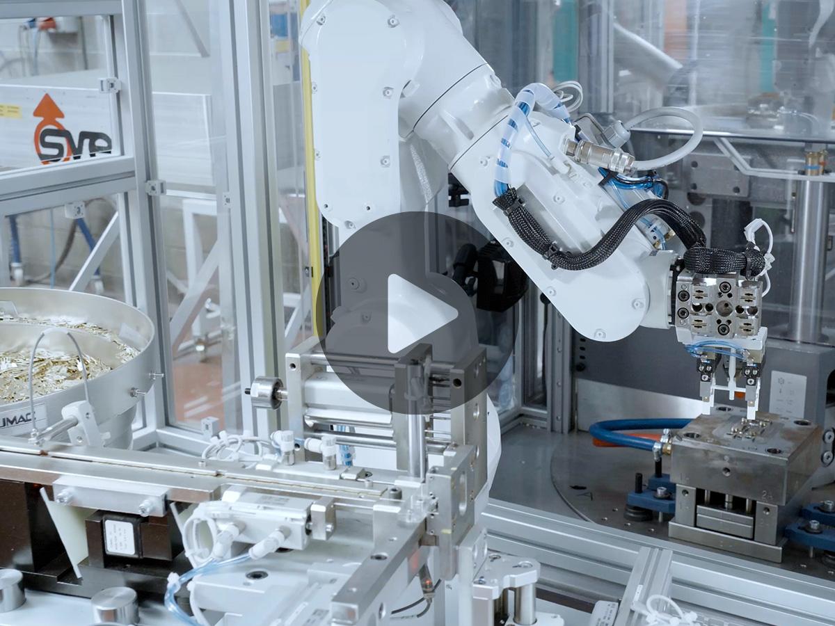 Isola automatizzata di co-stampaggio